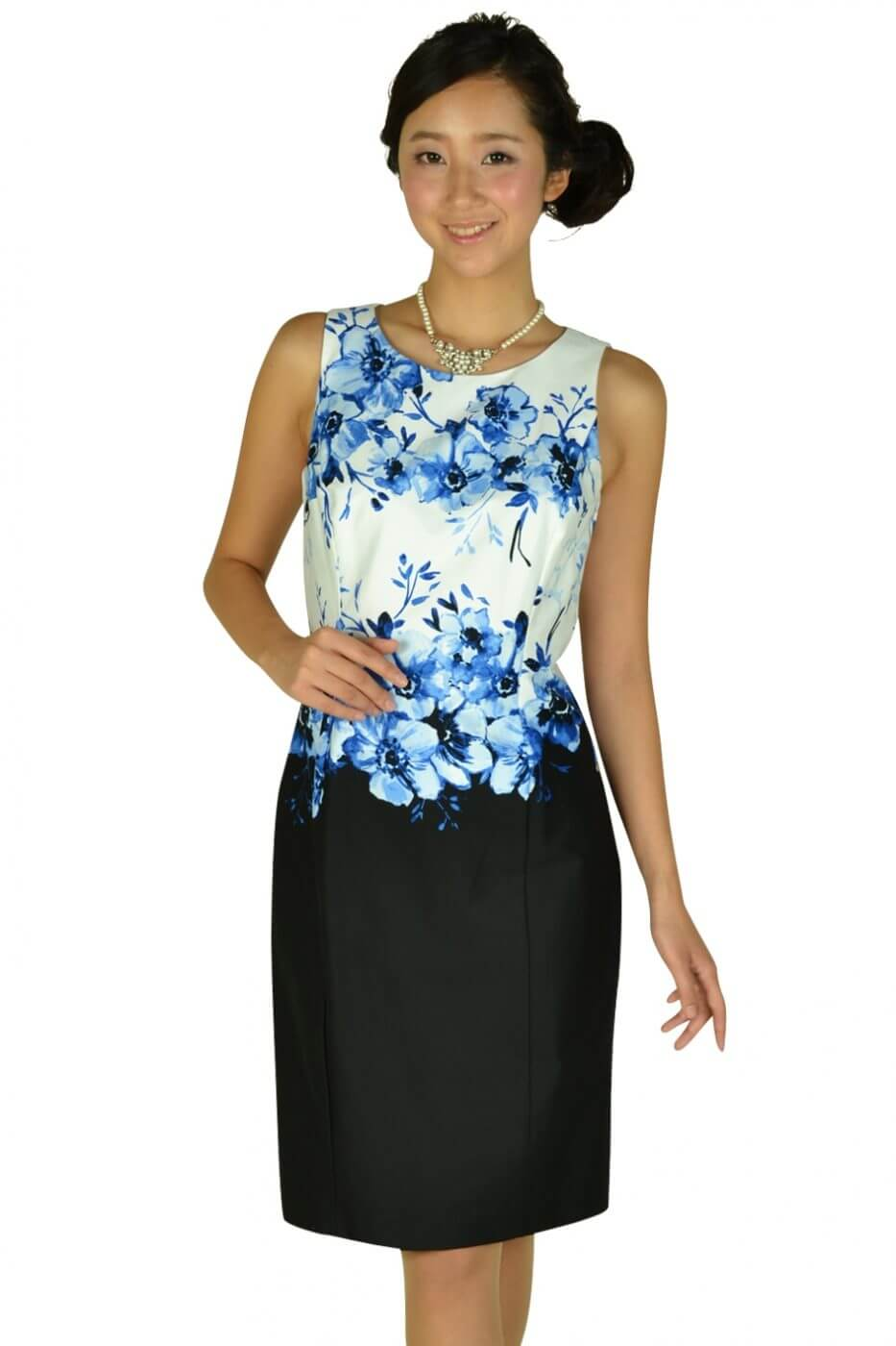 ローレンラルフローレン(LAUREN RALPH LAUREN)フラワーペイント×ブラックSKドレス