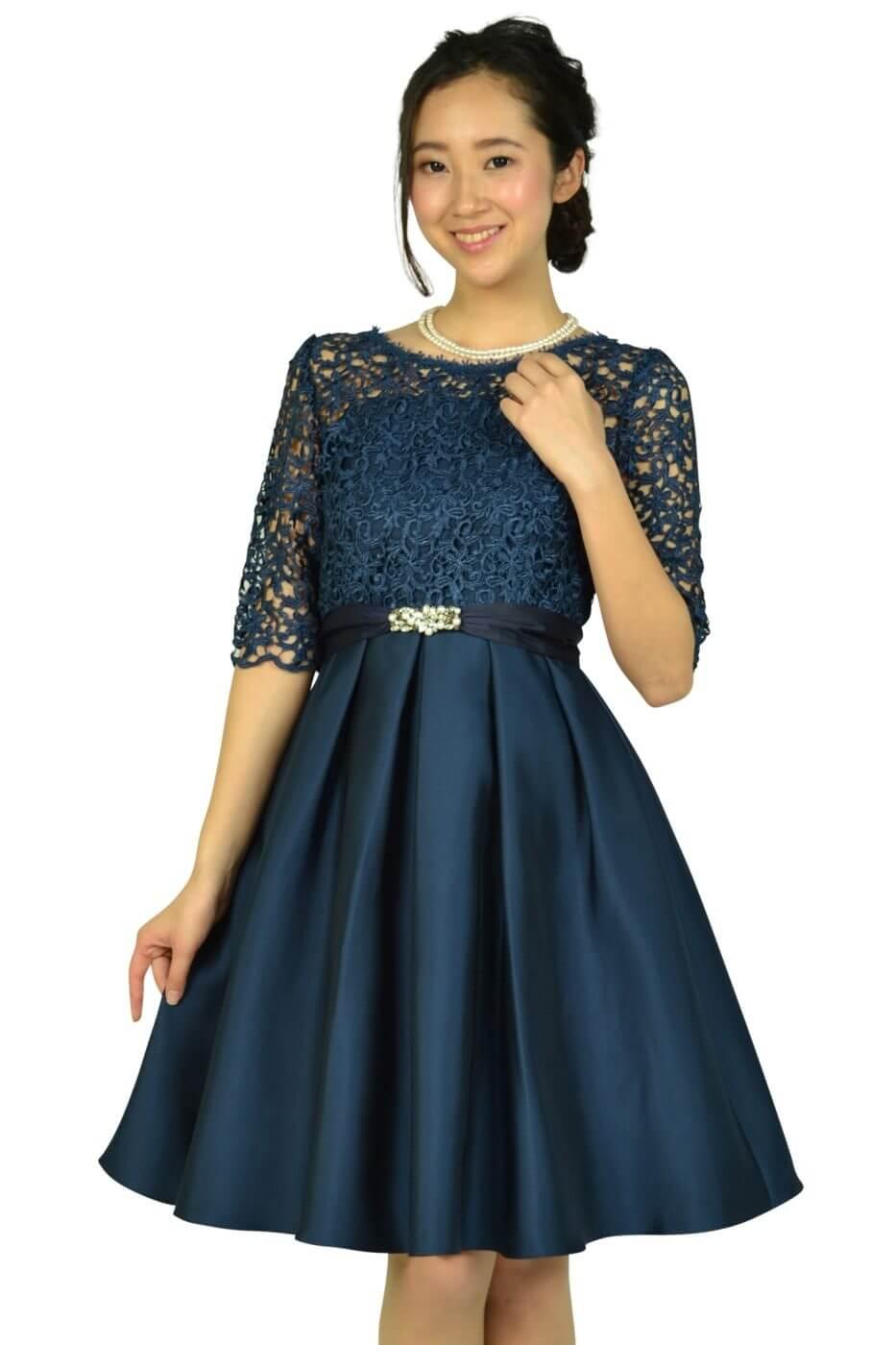 クチュールブローチ (Couture Brooch)フィットアンドフレアレースネイビードレス
