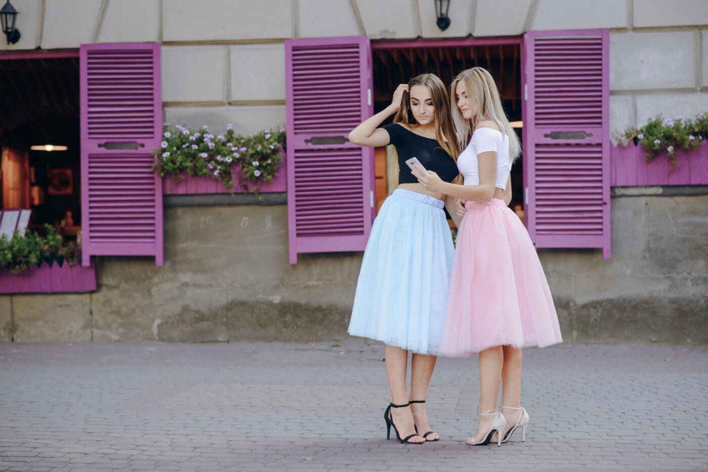 10代のパーティードレスは安くてオシャレなレンタルドレス!